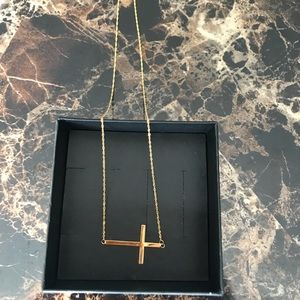 Jewelry - ❤️SALE❤️ 14k Yellow Gold Sideways Cross Necklace